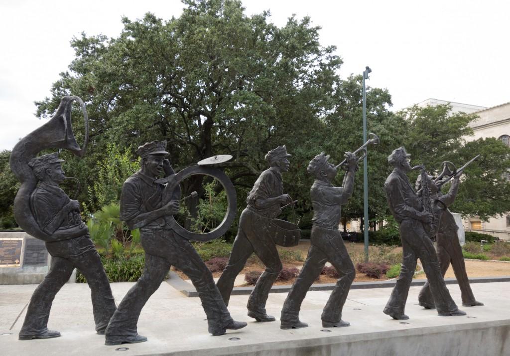 jazz statue